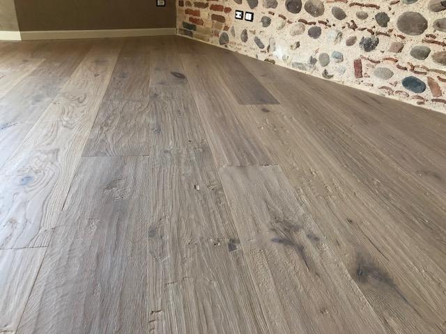Pavimento in legno manutenzione di Artigiana Arredamenti a Verona 5