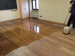 Manutenzione pavimento in legno di Artigiana Arredamenti a Verona 9
